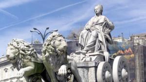 Conoce Madrid y sus monumentos Fuente de Cibeles www.viajeschollos.com viajar barrato a España Madrid vuelos alojamiento transporte